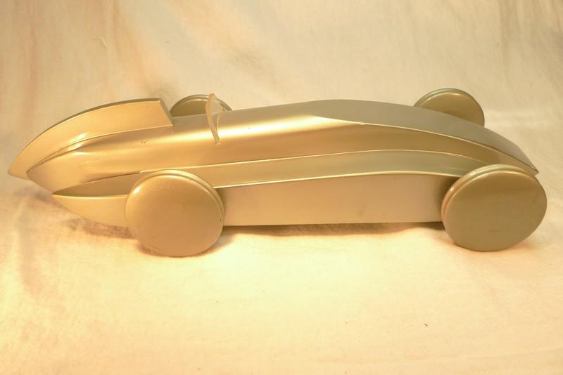 VILAC AROUTCHEFF voiture aérodynamique